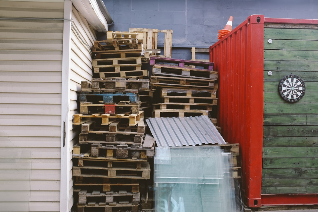 Pallet trolleys